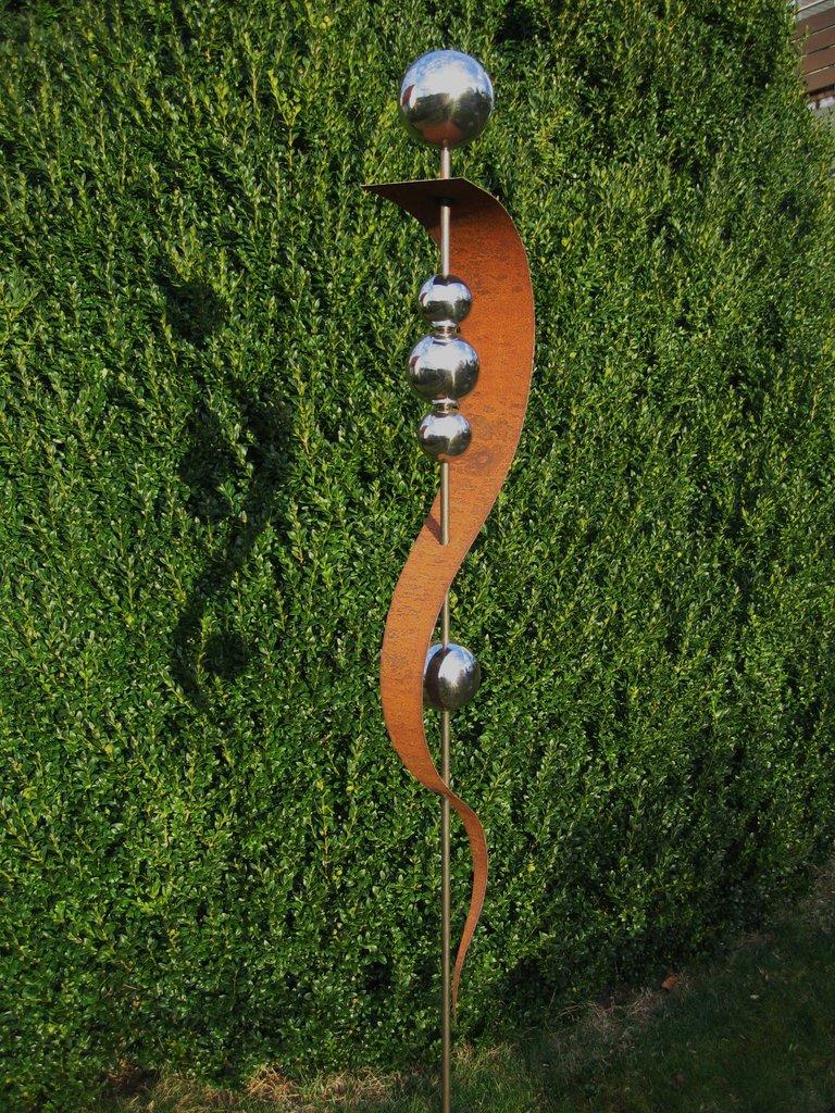 gartendeko-deko-gartenstecker-stecker-rost-edelrost-edelstahlkugel, Garten ideen